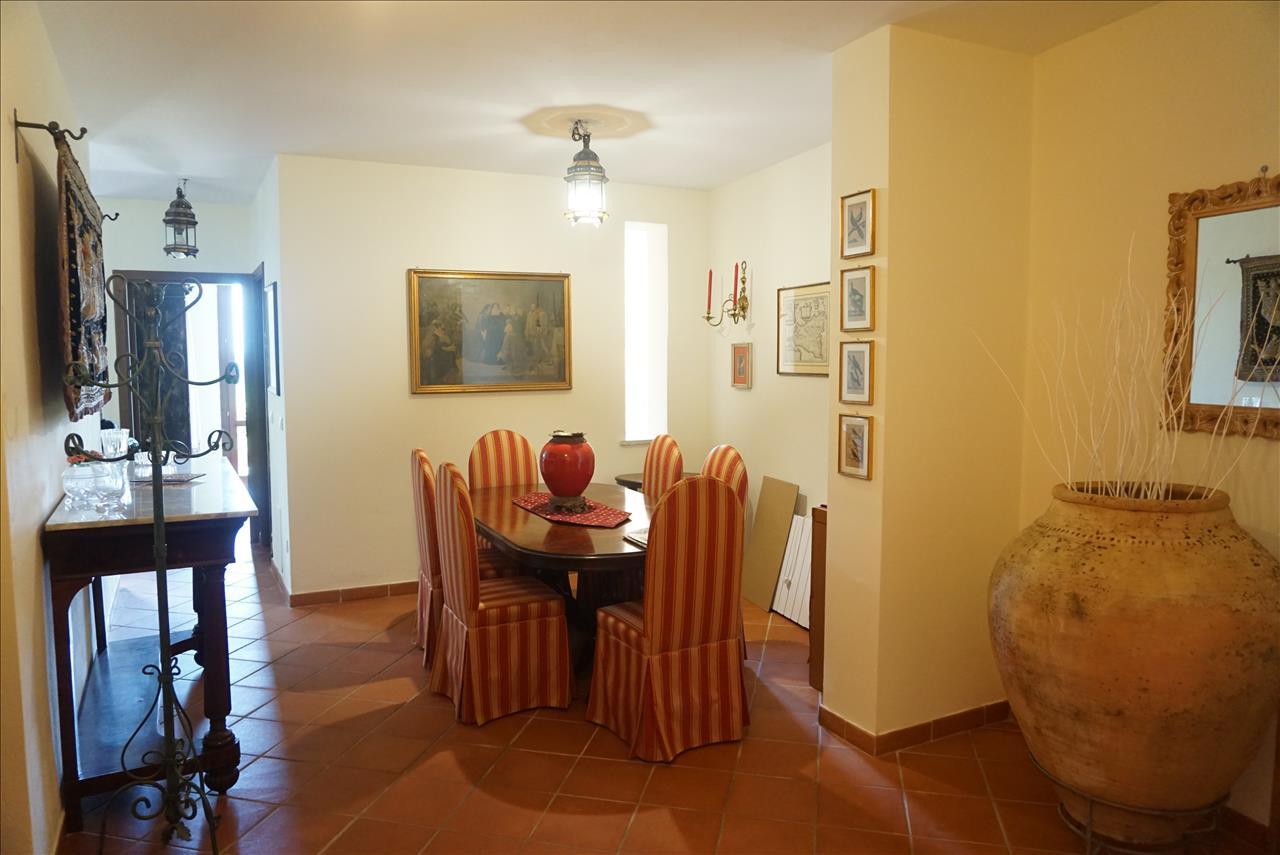 Appartamento in vendita a Cetona, 1 locali, prezzo € 130.000 | PortaleAgenzieImmobiliari.it