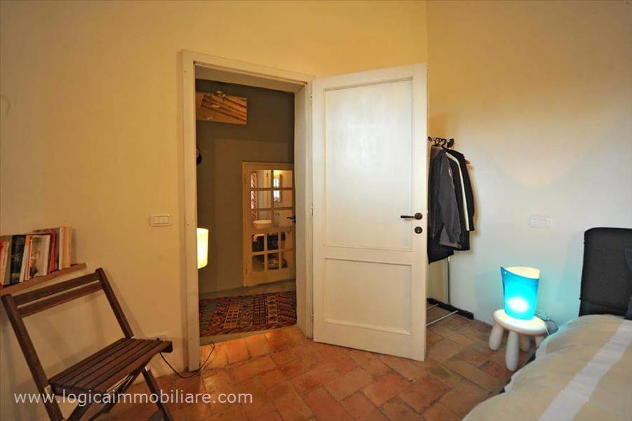In vendita a sarteano luminoso appartmento nell 39 incantevole centro storico logica immobiliare - Piastrelle cotto veneto vendita ...