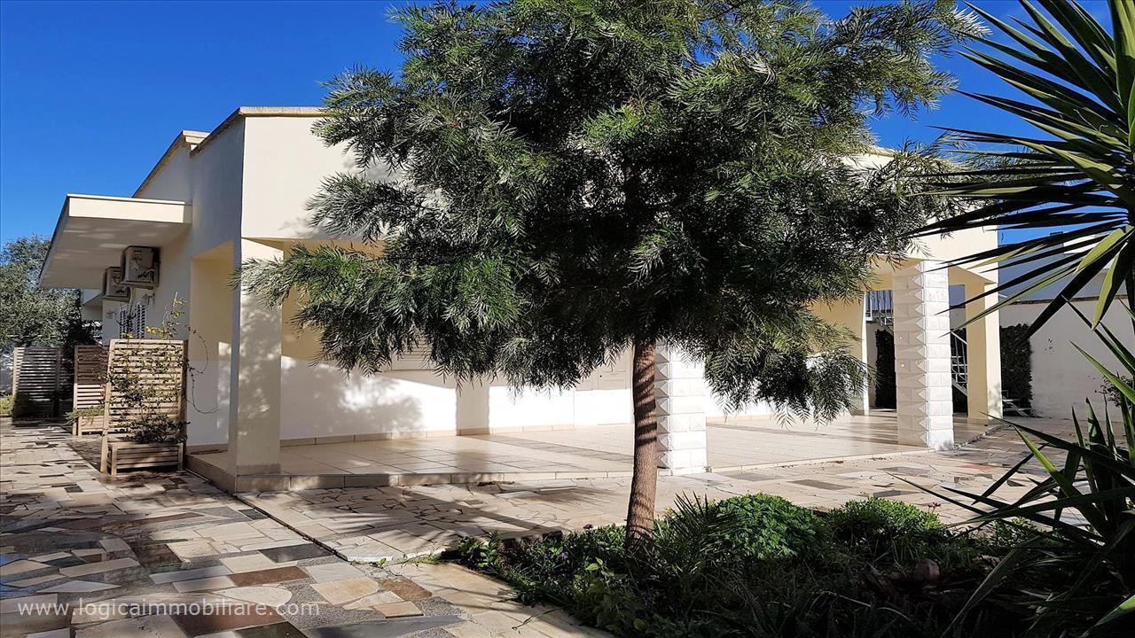 Villa unifamiliare in vendita - 190 mq