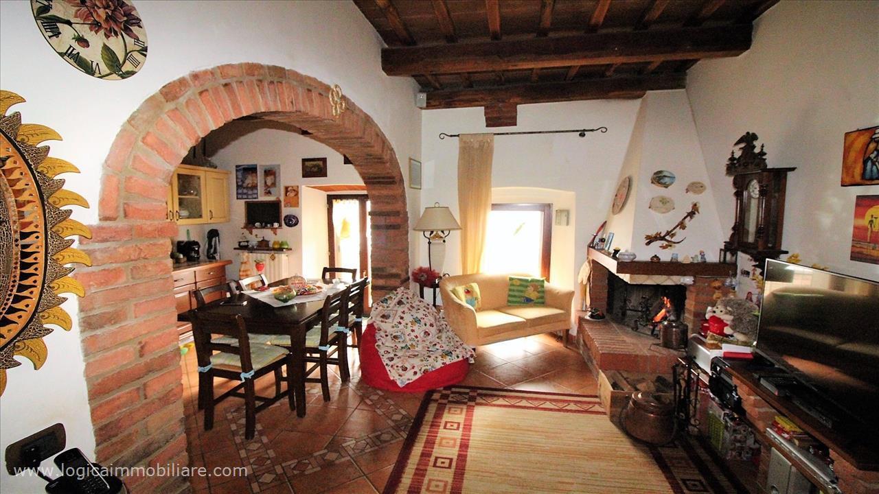 Villa bifamiliare in Vendita Sinalunga