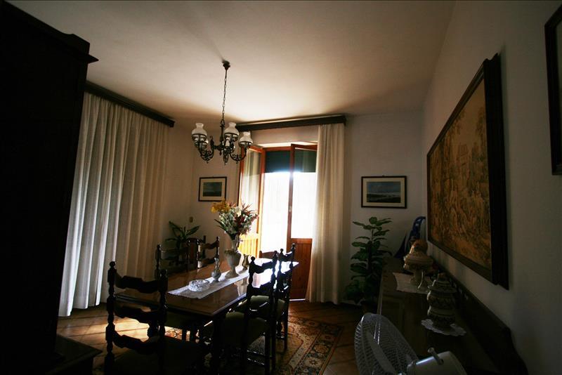 Appartamento in affitto a Sinalunga, 2 locali, prezzo € 500 | Cambio Casa.it
