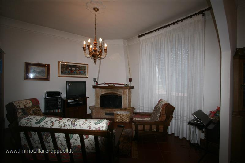 Soluzione Indipendente in vendita a Montepulciano, 4 locali, prezzo € 470.000 | Cambio Casa.it