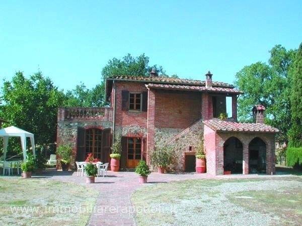 Rustico / Casale in vendita a Lucignano, 3 locali, prezzo € 1.300.000 | Cambio Casa.it