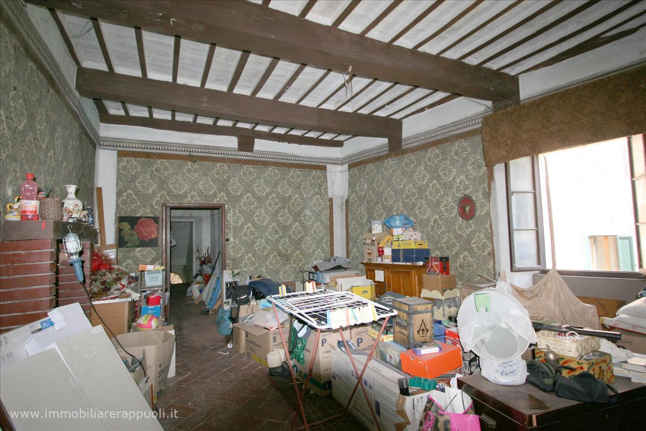Appartamento in vendita a Sinalunga, 3 locali, prezzo € 67.000   Cambio Casa.it