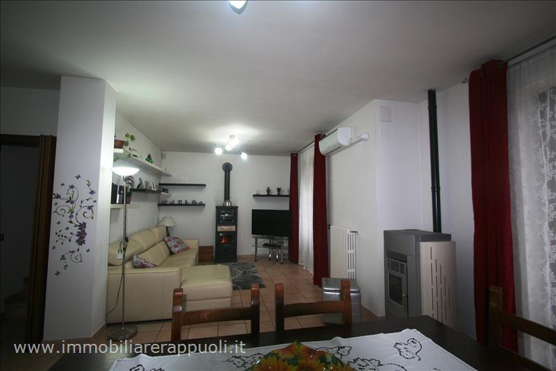 Villa a Schiera in Vendita a Lucignano