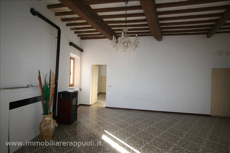 Appartamento in vendita a Sinalunga, 2 locali, prezzo € 150.000   Cambio Casa.it