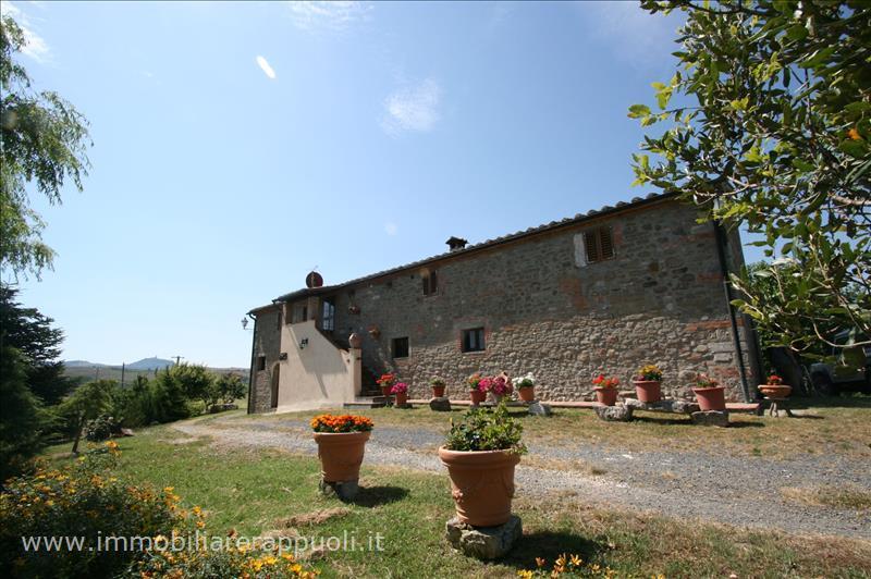 Azienda Agricola in vendita a Radicofani, 9999 locali, prezzo € 2.700.000 | Cambio Casa.it