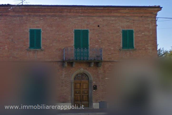 Appartamento in vendita a Montepulciano, 3 locali, prezzo € 135.000 | CambioCasa.it