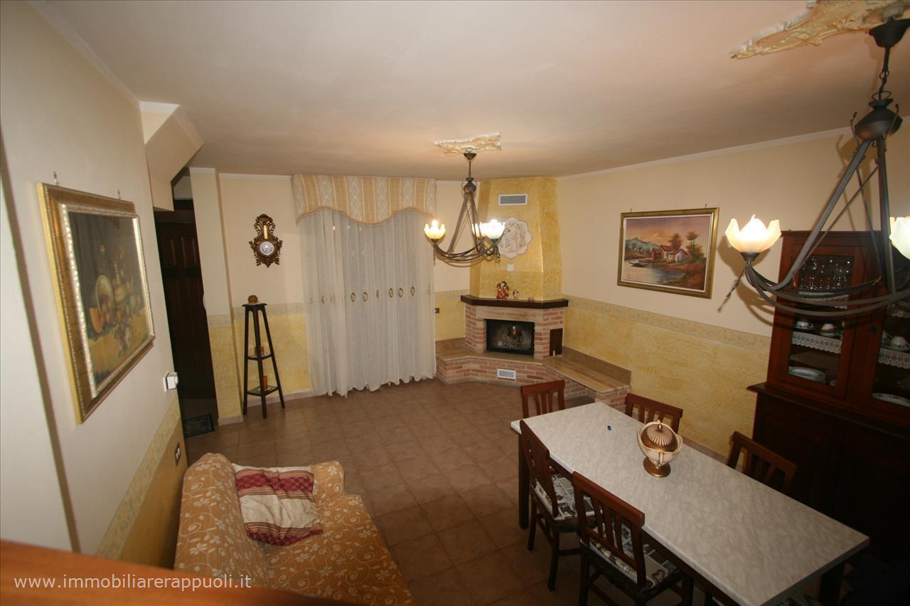 Case e appartamenti in vendita a torrita di siena for Appartamenti siena