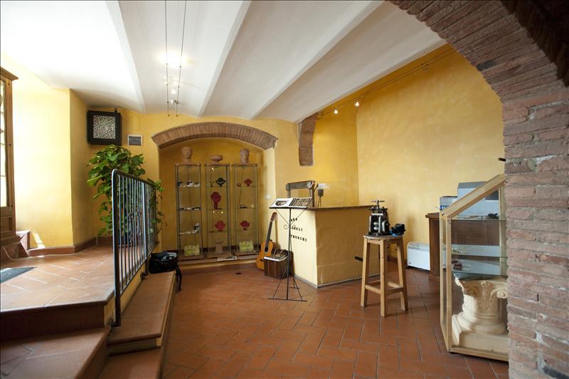 Negozio / Locale in vendita a Chianciano Terme, 9999 locali, Trattative riservate | Cambio Casa.it