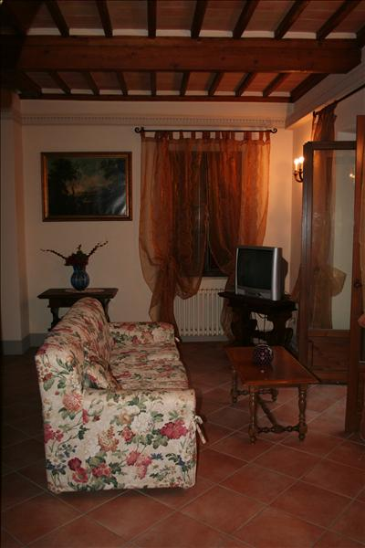 Appartamento in affitto a Sarteano, 2 locali, Trattative riservate | Cambio Casa.it