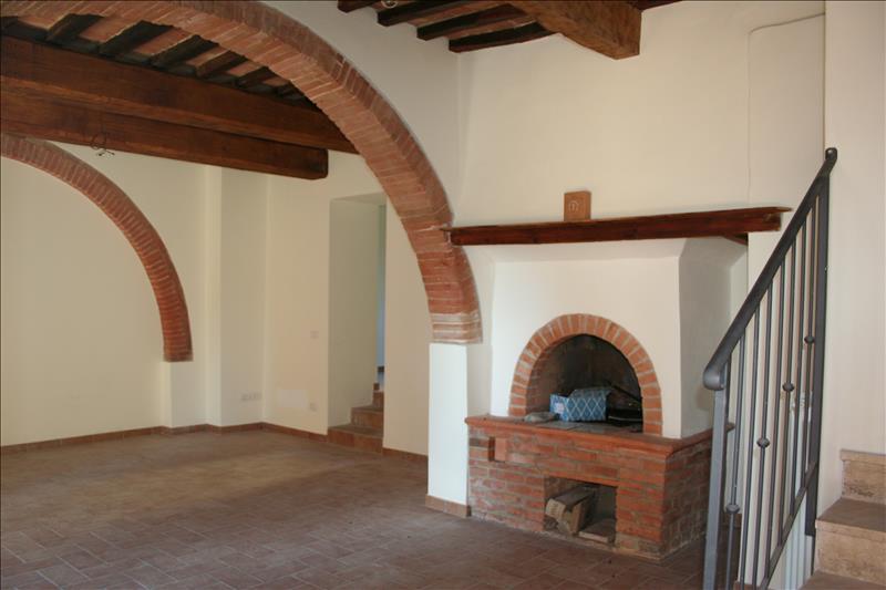 Rustico / Casale in vendita a Chiusi, 4 locali, prezzo € 270.000 | Cambio Casa.it