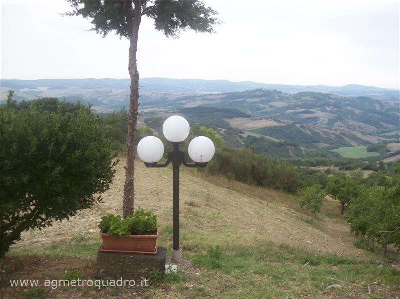 Appartamento in vendita a Radicofani, 3 locali, prezzo € 170.000 | Cambio Casa.it