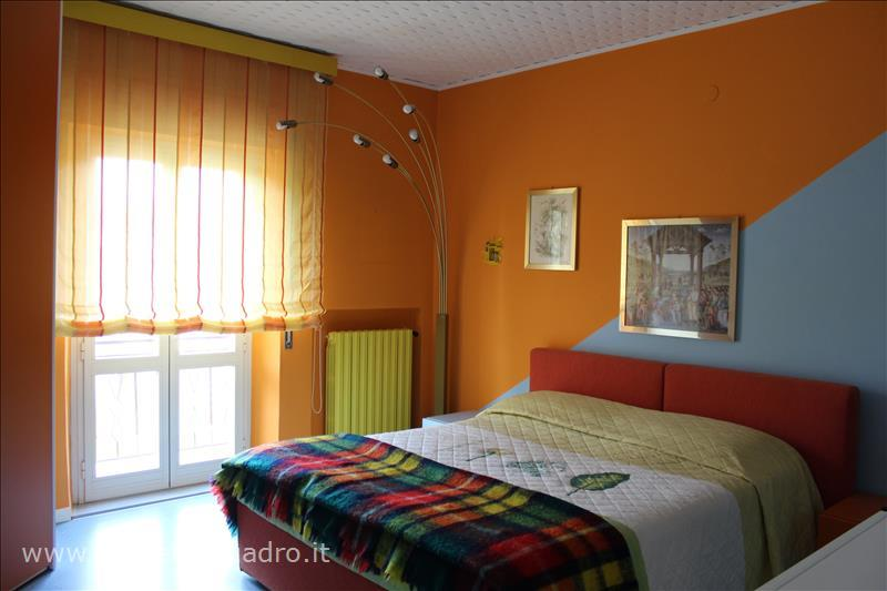 Appartamento in vendita a Città della Pieve, 3 locali, prezzo € 180.000 | CambioCasa.it