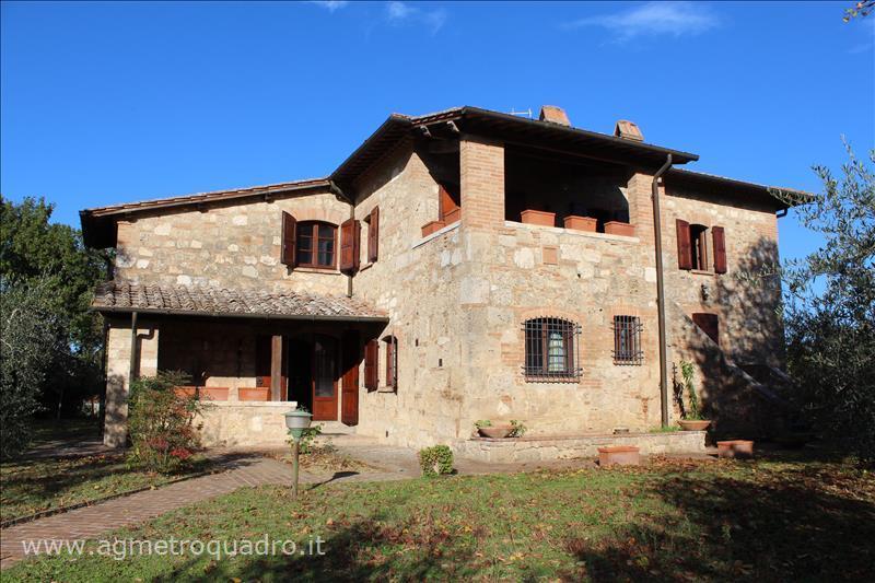 Villa in Vendita a Chiusi