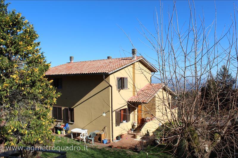 Villa in vendita a Sarteano, 5 locali, prezzo € 298.000 | CambioCasa.it