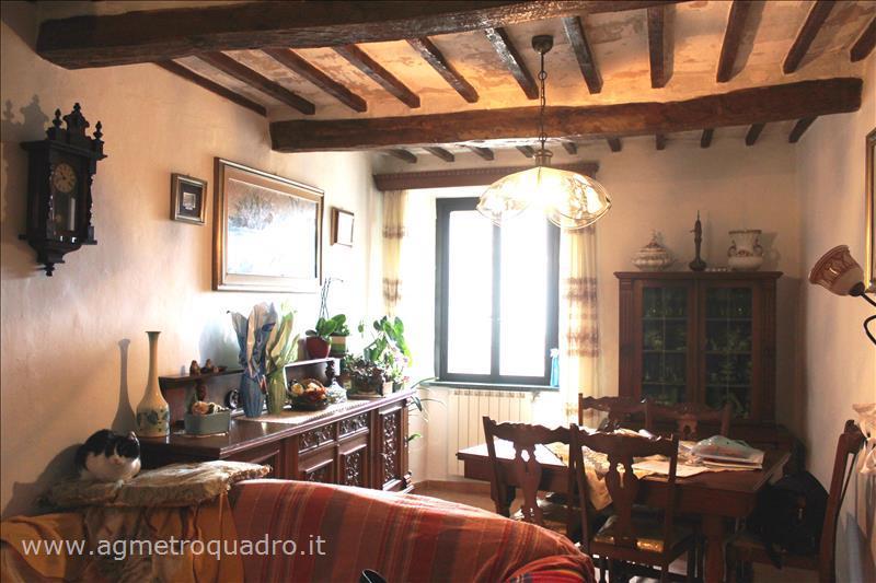 Appartamento in vendita a Sarteano, 2 locali, prezzo € 93.000 | CambioCasa.it