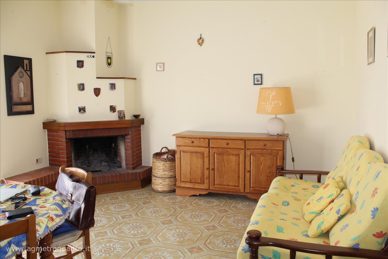 Appartamento in vendita a Sarteano, 2 locali, prezzo € 95.000   Cambio Casa.it