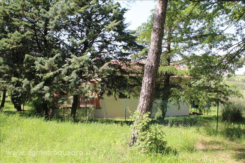 Villa in vendita a Sarteano, 2 locali, prezzo € 250.000 | CambioCasa.it