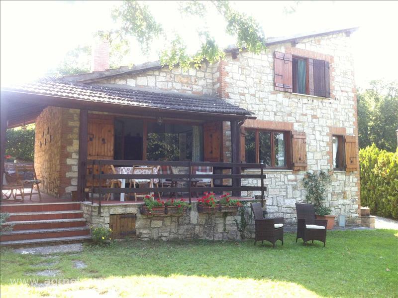 Villa in vendita a Sarteano, 4 locali, prezzo € 380.000 | CambioCasa.it
