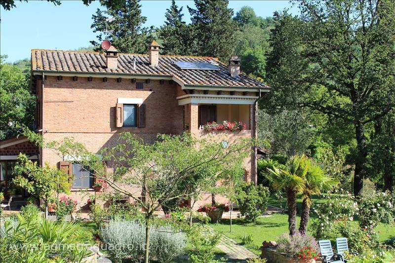 Rustico / Casale in vendita a Cetona, 9999 locali, prezzo € 1.480.000 | CambioCasa.it