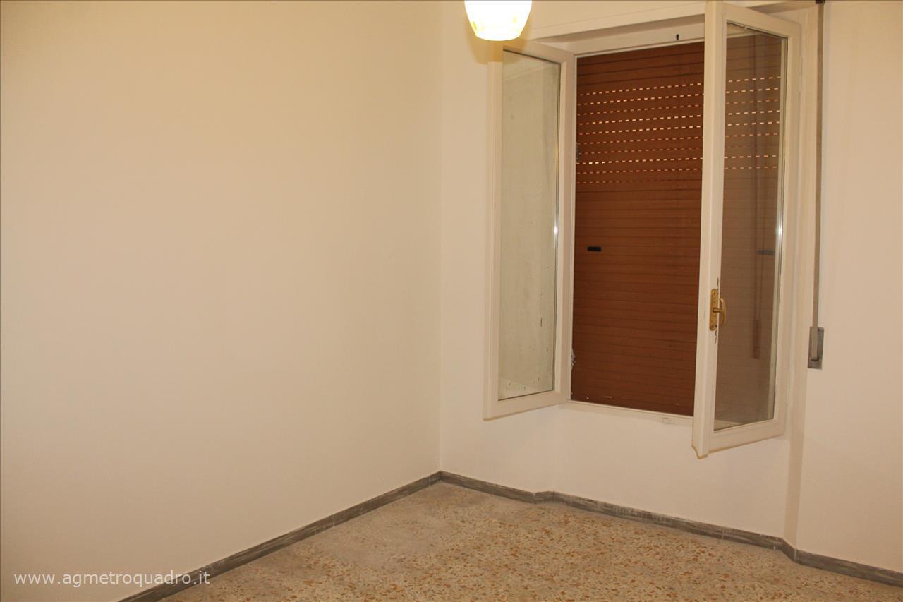 Questo immobile lo trovi da Agenzia Immobiliare Metroquadro