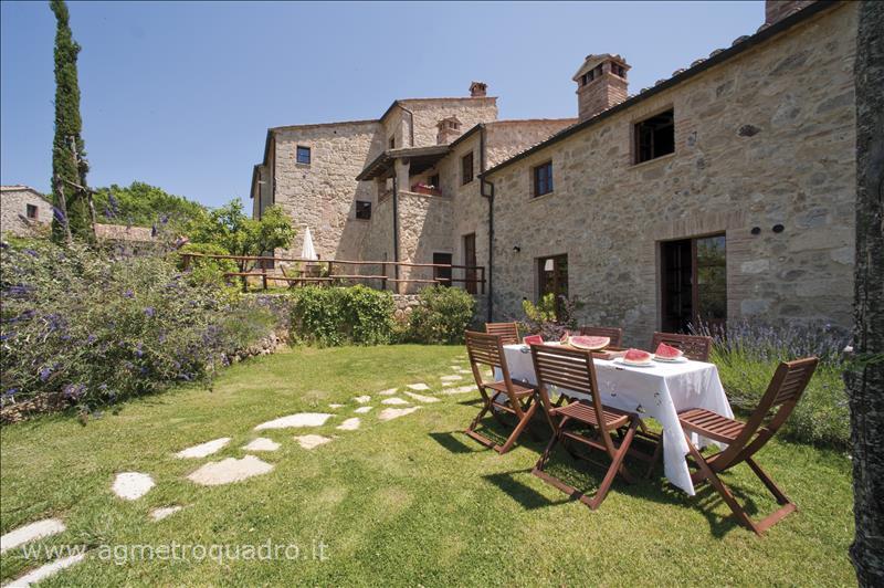 Rustico / Casale in vendita a Sarteano, 9999 locali, prezzo € 177.000 | Cambio Casa.it