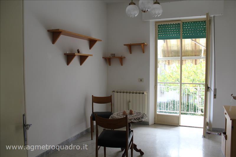 Appartamento in vendita a Chianciano Terme, 3 locali, prezzo € 117.000 | Cambio Casa.it