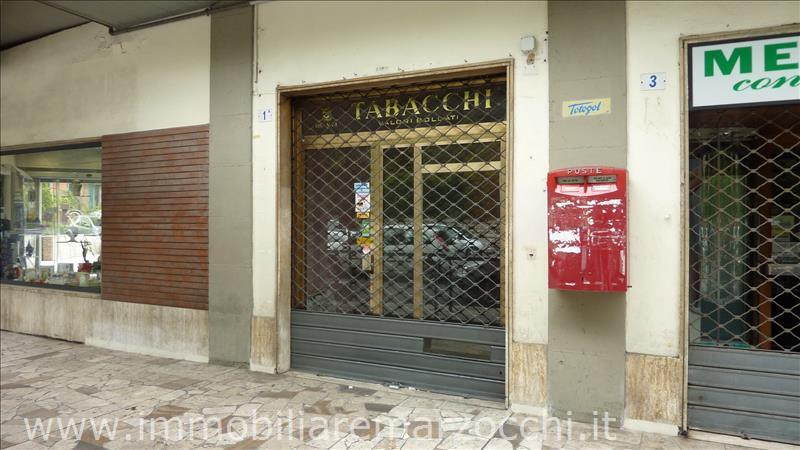 Negozio / Locale in vendita a Siena, 9999 locali, prezzo € 135.000 | Cambio Casa.it