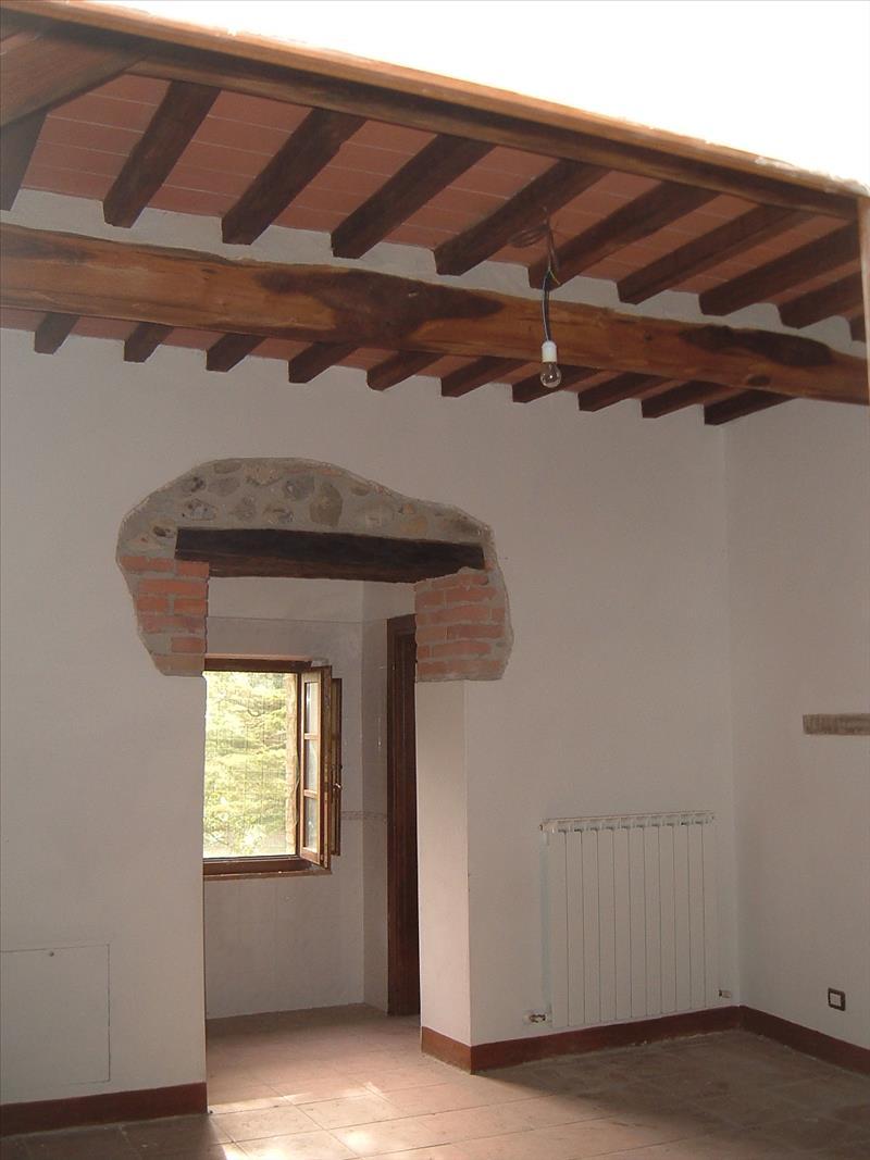 Rustico / Casale in vendita a Castelnuovo Berardenga, 3 locali, prezzo € 270.000   Cambio Casa.it