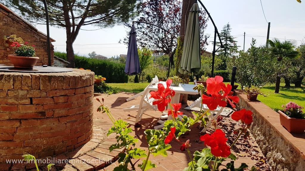 Rustico - Cascina, centro, Vendita - Siena