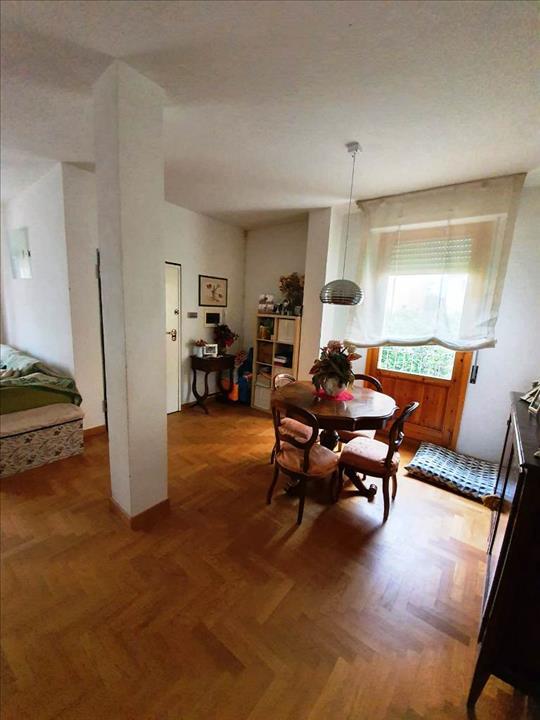 Appartamento in vendita a Siena, 3 locali, prezzo € 480.000 | PortaleAgenzieImmobiliari.it