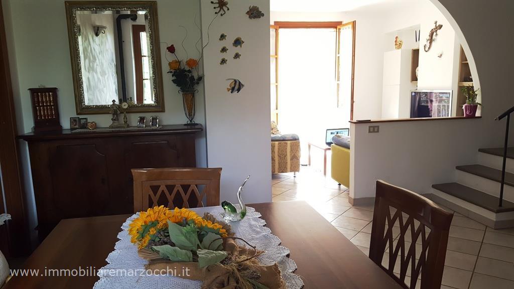 Villa in vendita a Sovicille, 4 locali, prezzo € 500.000 | CambioCasa.it