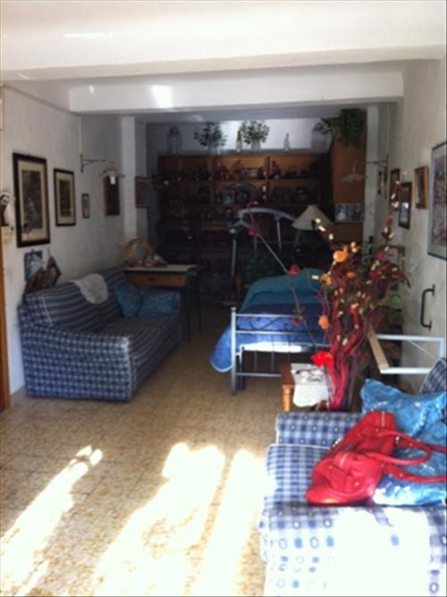 Negozio / Locale in affitto a Siena, 1 locali, prezzo € 700 | CambioCasa.it