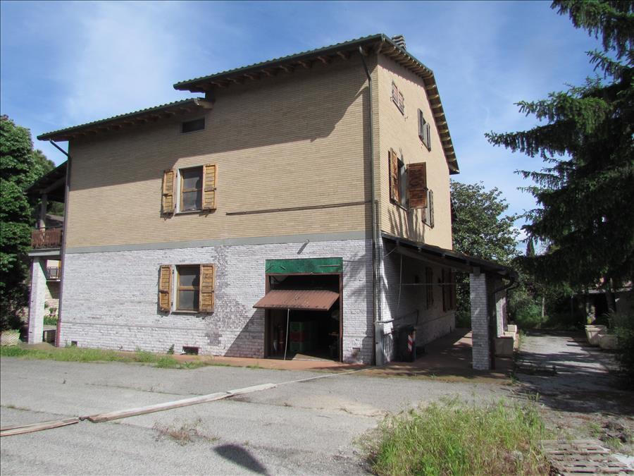 Villa in vendita a Castiglione del Lago, 3 locali, prezzo € 300.000 | Cambio Casa.it
