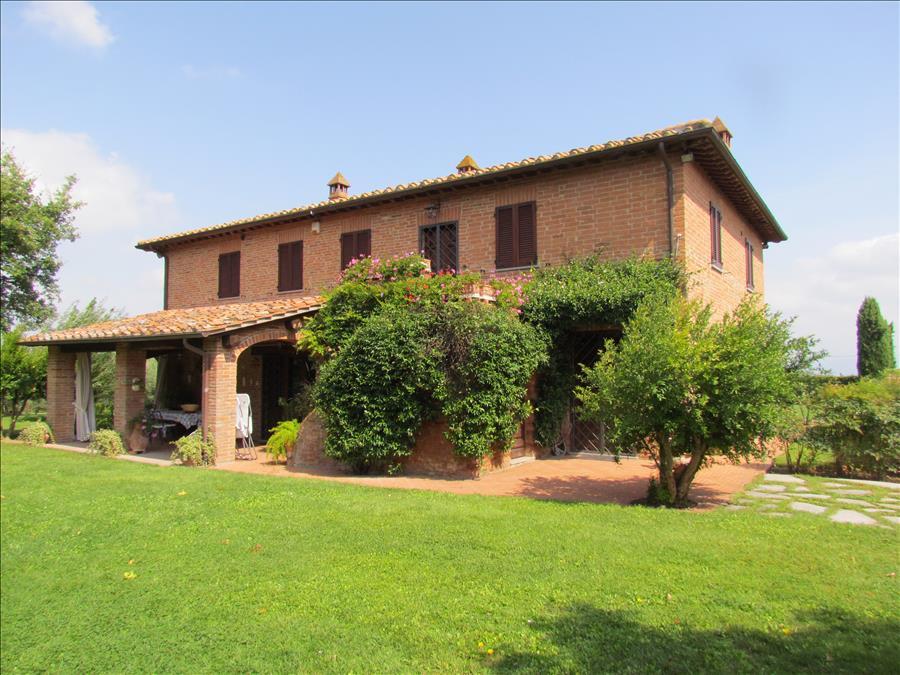 Rustico / Casale in vendita a Castiglione del Lago, 5 locali, prezzo € 1.350.000 | Cambiocasa.it