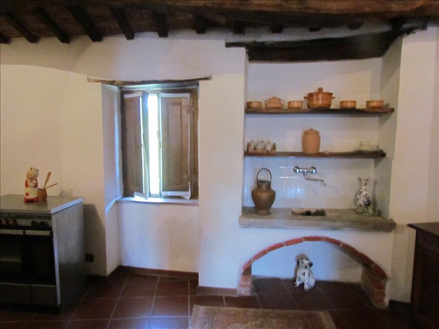 Rustico / Casale in vendita a Castiglione del Lago, 3 locali, prezzo € 80.000 | Cambio Casa.it