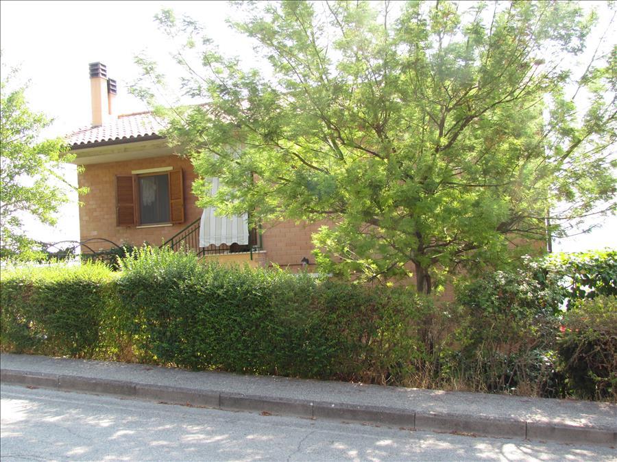 Appartamento in vendita a Panicale, 3 locali, prezzo € 180.000 | Cambio Casa.it