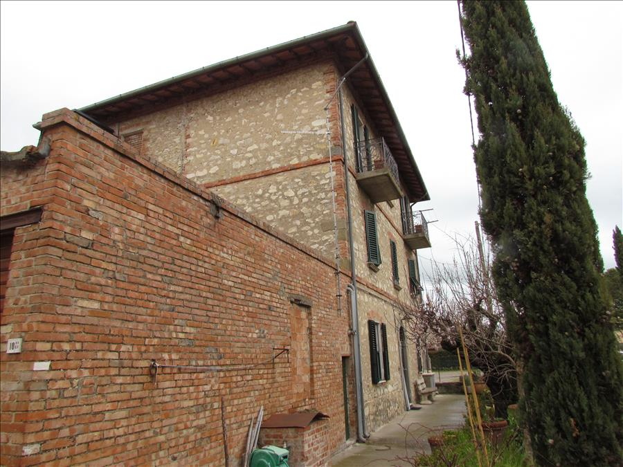 Appartamento in vendita a Castiglione del Lago, 3 locali, prezzo € 125.000 | Cambio Casa.it