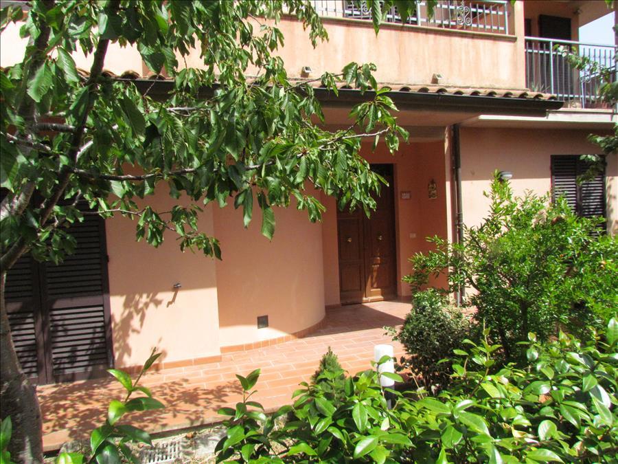 Appartamento in vendita a Castiglione del Lago, 3 locali, prezzo € 180.000 | Cambio Casa.it