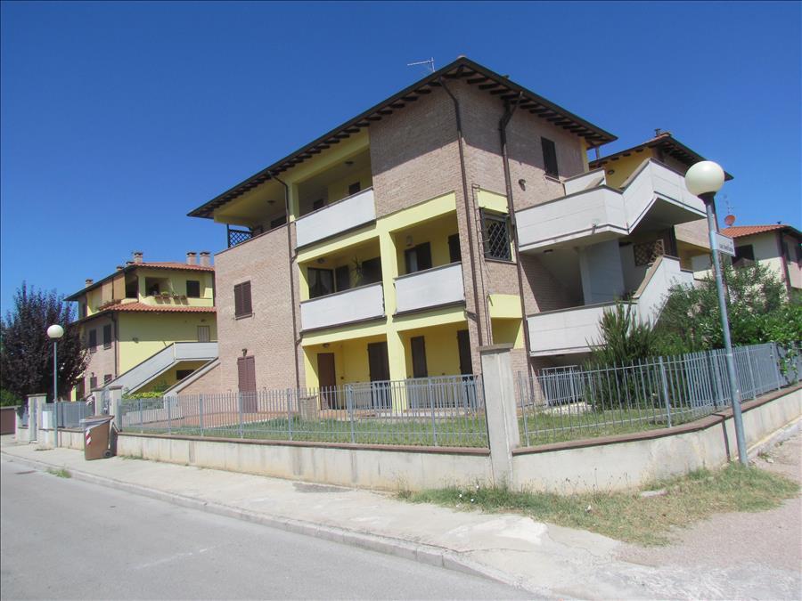 Appartamento in vendita a Castiglione del Lago, 3 locali, prezzo € 190.000 | Cambio Casa.it