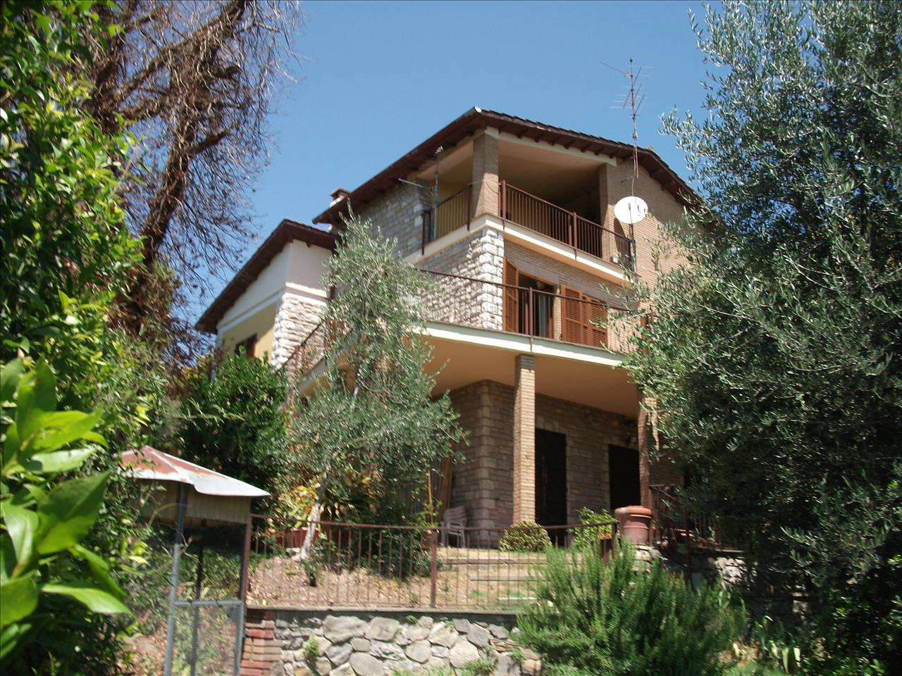 Villa in vendita a Castiglione del Lago, 3 locali, prezzo € 550.000   CambioCasa.it