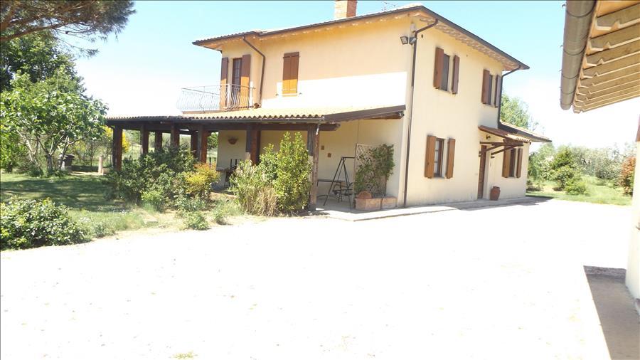 Soluzione Indipendente in vendita a Castiglione del Lago, 3 locali, prezzo € 295.000 | Cambio Casa.it