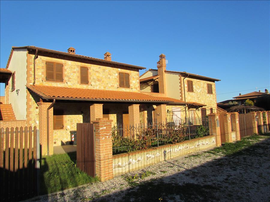 Appartamento in vendita a Castiglione del Lago, 2 locali, prezzo € 130.000 | Cambio Casa.it