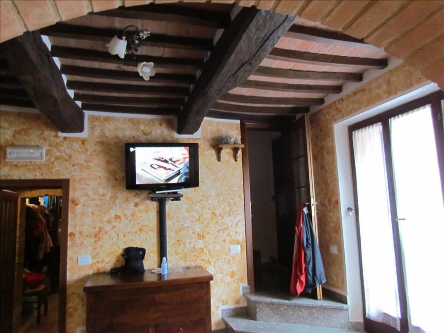 Rustico / Casale in vendita a Castiglione del Lago, 3 locali, prezzo € 165.000 | Cambio Casa.it