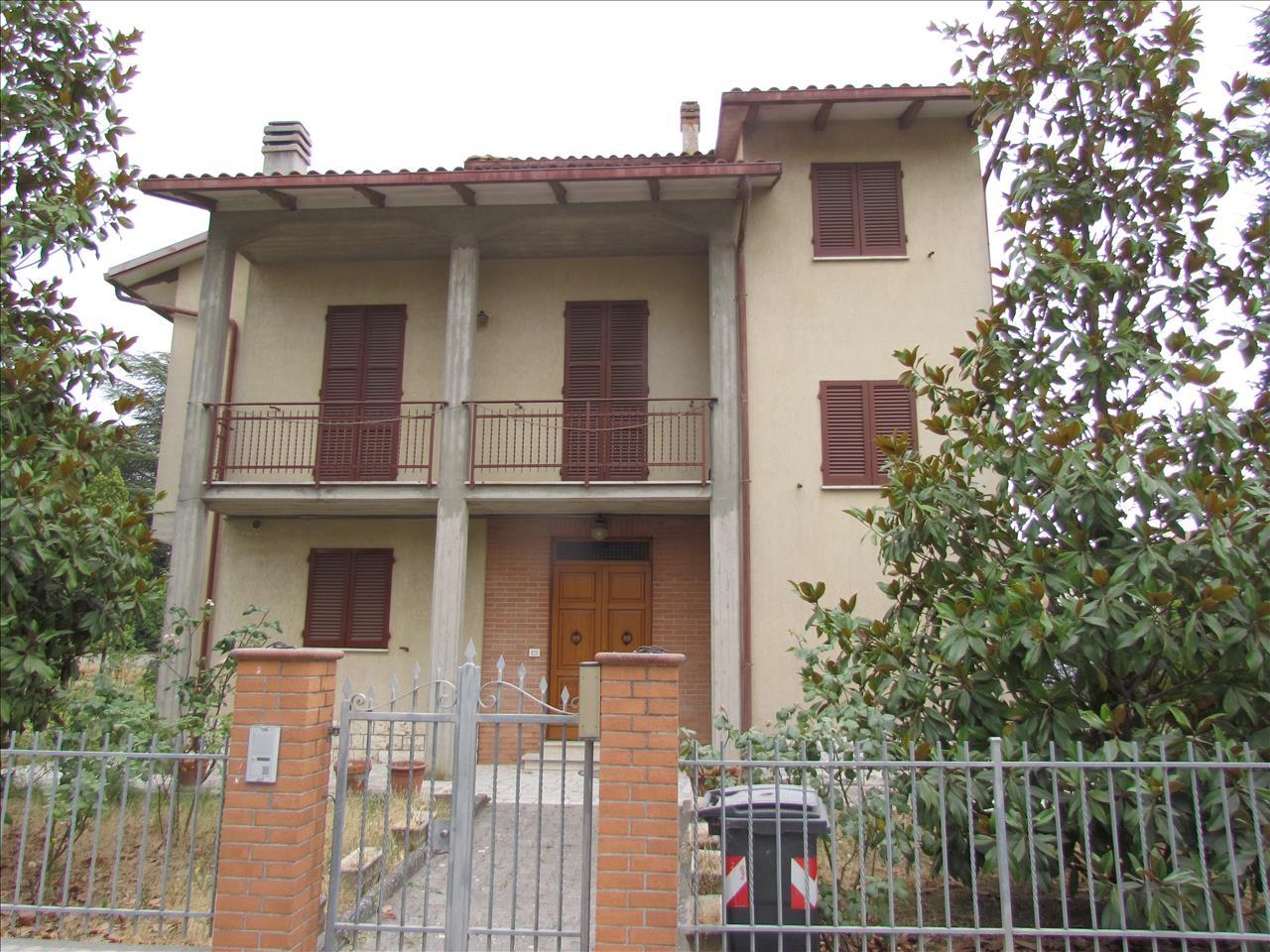 Soluzione Indipendente in vendita a Castiglione del Lago, 3 locali, prezzo € 220.000 | CambioCasa.it