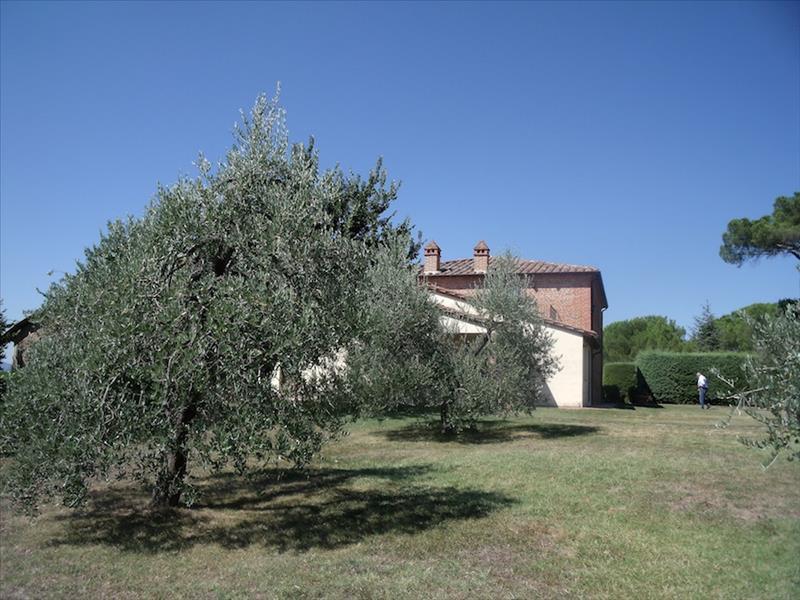 Rustico / Casale in vendita a Castiglione del Lago, 9999 locali, prezzo € 1.550.000 | Cambiocasa.it
