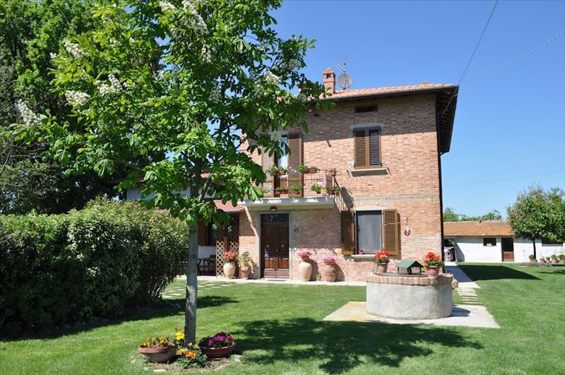 Rustico / Casale in vendita a Castiglione del Lago, 9999 locali, prezzo € 320.000 | Cambiocasa.it