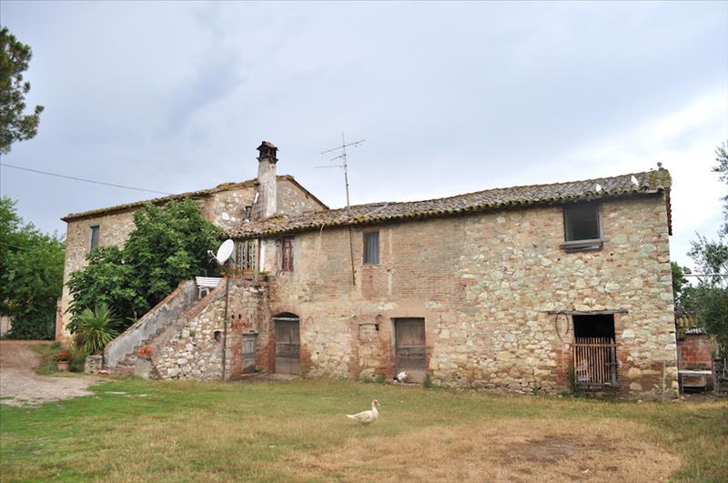 Rustico / Casale in vendita a Castiglione del Lago, 5 locali, prezzo € 150.000 | Cambiocasa.it