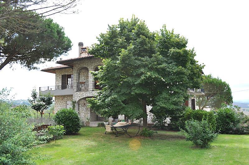 Rustico / Casale in vendita a Castiglione del Lago, 7 locali, prezzo € 500.000 | Cambiocasa.it